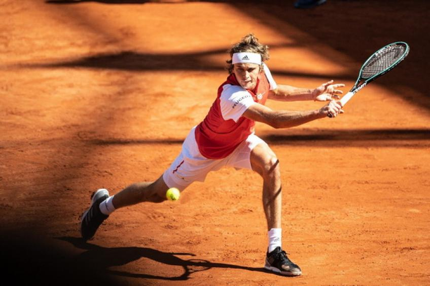 Zverev Defend