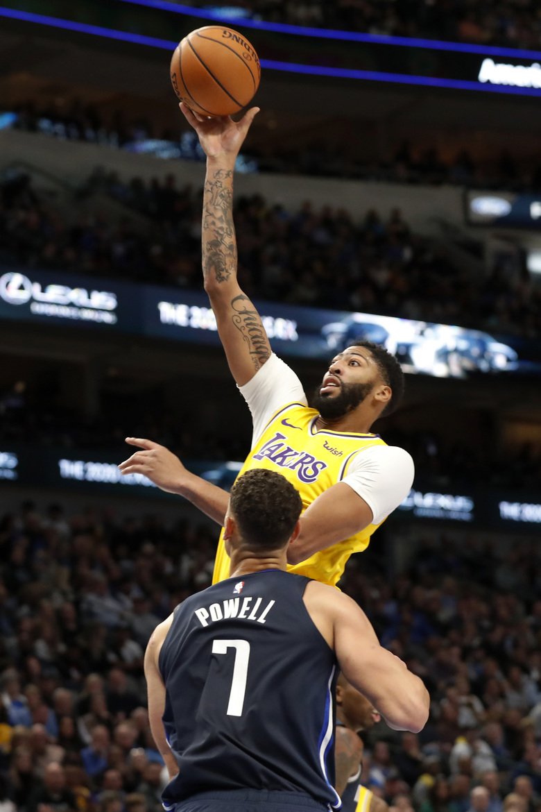 Los Angeles Lakers Beat Dallas Mavericks By 119 110 In The